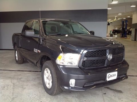 "NEW 2018 RAM 1500 EXPRESS CREW CAB 4X4 5'7"" BOX"